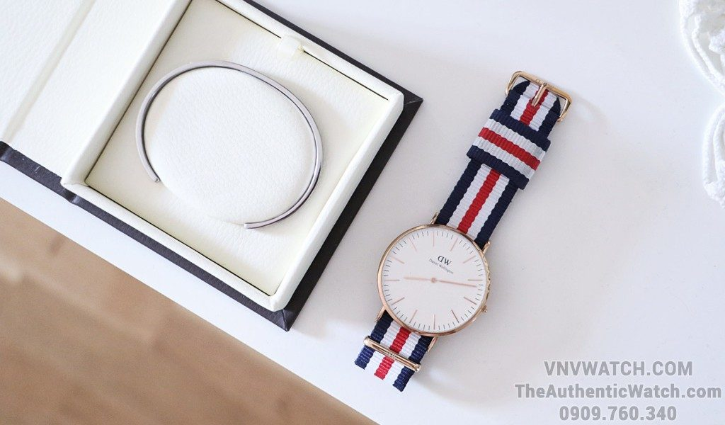 Review Vong tay Daniel Wellington Classic Cuff